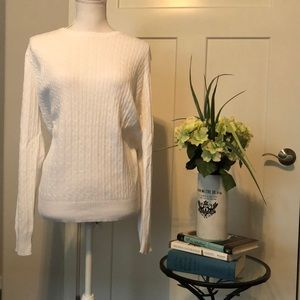 Kim Rogers L EUC White Crew Neck Sweater
